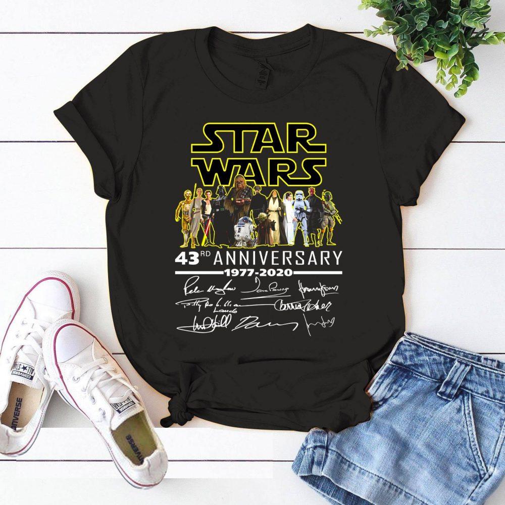 Star War 43rd Anniversary 1977 - 2020 And Members Signature Shirt
